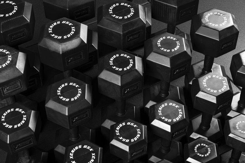 Black Full Rubber Hex. Dumbbell w/ ergo handle, pairs